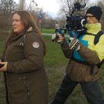 Dicht gefolgt vom Kameramann gehts in die Praterauen - (c) Silvana Polaschek