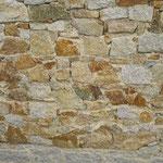 Mauerstein herbstlaub - Anfall wie im Bruch