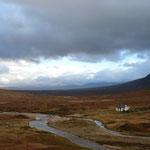 Einsames Tal mit tollen Furten im Nordwesten