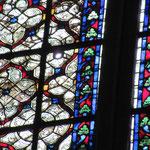 2e Trou (2,5m an dessous du 1er trou dans le vitrail en grisaille