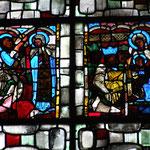 A gauche : l'Annonciation - A droite : adoration des Mages