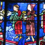 Après leur libération, l'empereur donne aux 3 officiers des cadeaux pour St Nicolas