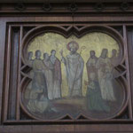 Dans la nef principale