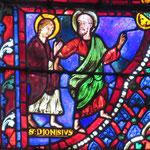 Denys se convertit après le discours de Saint Paul qui l'entraîne pour l'instruire