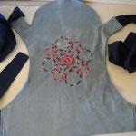 mei12 pannello esterno in jeans celeste con mandala ricamato pannello interno blu scuro