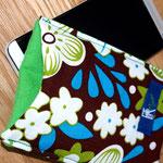 Smartphone-Hülle groß, Grün/Braun -Blumenmuster