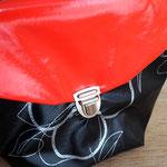Tasche abwaschbar, Rot- Schwarz gemustert