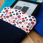 E-Reader-Hülle, Blau-Blumenmuster