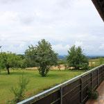 Blick übers Land vom Balkon