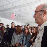 Gérard leur souhaite la bienvenue et les remercie de leur intérêt pour les actions solidaires
