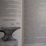 道具の名前から鍛鉄技術の事が書かれています。