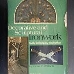 私が師匠とした本の一冊です。