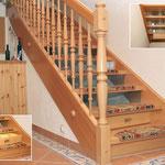 Eingestemmte Treppe, Buch, mit integriertem Schubkasten, teilw. verglaste Stellstufen