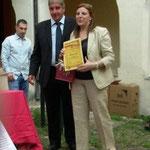 Consegna del Diploma di merito da parte del sindaco di Celico