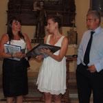 Consegna dell'omaggio fatto da parte del Comune alla Prof.ssa Pellegrino