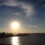Sonnenuntergang am Deich von Andijk