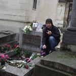 Tumulo de Jim Morrison - Cemitério Perè-Lachaise - Paris (2011)