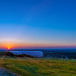 Sonnenuntergang mit Allianz Arena vom Fröttmaninger Berg