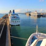 Civitavecchia mit zahlreichen Kreuzfahrtschiffen