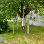 Edelstahlbrennerei - Edelstahldestille mit Druckwasserbad und Rohrbündelkühler (© Raven Metall Design)