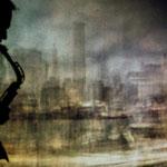 """Finissage in Otterndorf: Carsten Koll spielte ein grandioses Solo zu Frank Ns Filmversion von """"Manhattan Skyline"""", ..."""