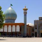 Im Shah Cheragh in Shiraz bekommt man sogar einen eigenen Fremdenführer