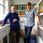 Hassans Vater bäckt die besten Keckse in ganz Isfahan, vlt. sogar im ganzen Iran. Natürlich bekommen wir eine Tüte geschenkt :)