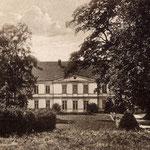 Zum Gutshaus vor 1945