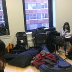 """So sieht ein """"green room"""" aus, der Raum der demnächst auftretenden Musiker"""
