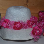chapeau cloche garniture rose