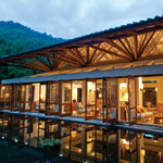 Crosswaters Ecolodge, China -por SIMÓN VÉLEZ