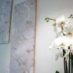 """Appartamento privato - """"Orchidee"""", arte digitale, pezzo unico, stampa su tela, 40x100 cm"""