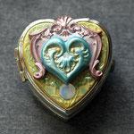 BOX sacred heart1