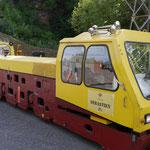 Mit diesem Zug fahren Besucher in das Bergwerk ein