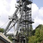 Fördergerüst über Schacht 2 seit 1992 steht das Gerüst mit dem ehemaligen Maschinenhaus in der Denkmalliste. Die Teufe des Schachtes betrug 506m. 1974 wurde der 1856 geteufte Schacht verfüllt