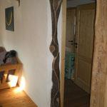 Eingang Wohnzimmer rechts gedämpfte Walnuss