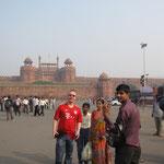 Inder sind ganz scharf darauf mit uns fotografiert zu werden