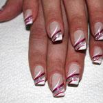 Nailart mit silber Glitter, French weiß und Pinselmalerei