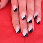 Nailart klassich black & white
