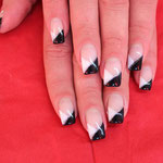 Nailart klassich black & white