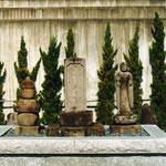 静岡県静岡市清水区興津井上町の霊泉寺