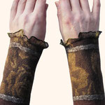 Stulpen Nr. | Wristlets No. 51  |  35 €   |   Chiffon/Merino gefilzt/felted