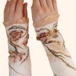Stulpen Nr. | Wristlets No. 23  |  40 €   |   Chiffon/Merino gefilzt/felted
