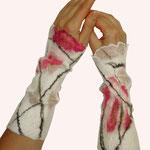 Stulpen Nr. | Wristlets No. 6  |  40 €   |   Chiffon/Merino gefilzt/felted