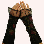 Stulpen Nr. | Wristlets No. 2  |  45 €   |   Chiffon/Merino gefilzt/felted