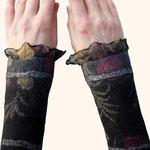Stulpen Nr. | Wristlets No. 50  |  35 €   |   Chiffon/Merino gefilzt/felted