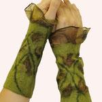 Stulpen Nr. | Wristlets No. 8  |  35 €   |   Chiffon/Merino gefilzt/felted