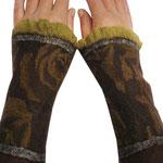 Stulpen Nr. | Wristlets No. 71  |  30 €   |   Chiffon/Merino gefilzt/felted