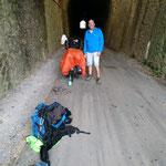 abrité sous le tunnel à St-Pons de Thomière avec Eric