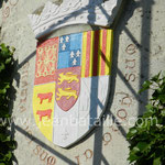 Rénovation et mise en couleur du blason du château